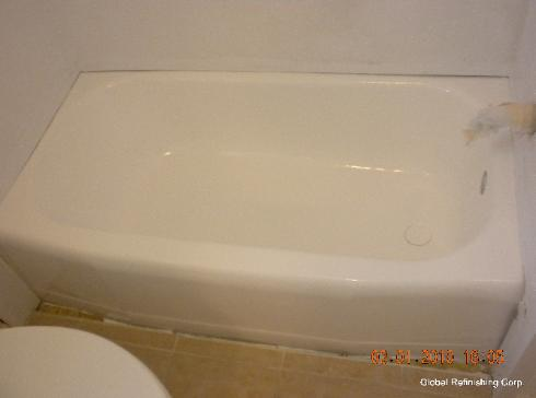Bathtub liners pro 39 s and con 39 s for Bathtub liner problems